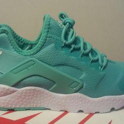Кроссовки женские Nike Air Huarache