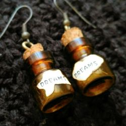 Сережки баночки с надписью DREAMS (внутри пушок)