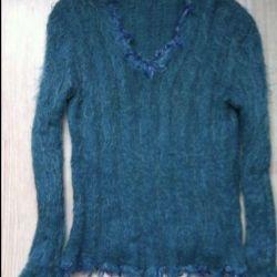 Stylish warm sweater size 44-48