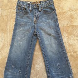 Place jeans on height 3t, in perfect condition.