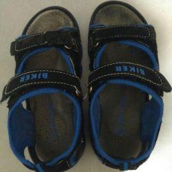 Sandals boy p.30