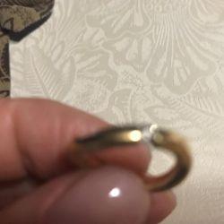 Pırlantalı altın yüzük