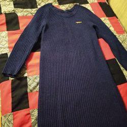 Платье шерстяное р.46