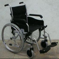 Θα πουλήσω ένα αναπηρικό καροτσάκι - ένα φορείο