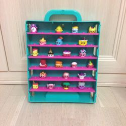Case, showcase for Shopkins figures
