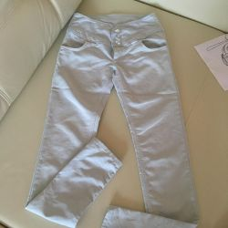 Jeans of a gently blue color 25