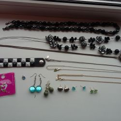 Jewelery and chains