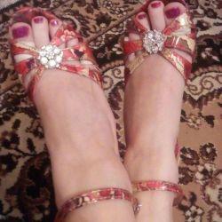 Sandaletler 35 r.