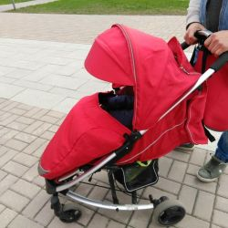 Stroller leader kids. Minyen as a gift.