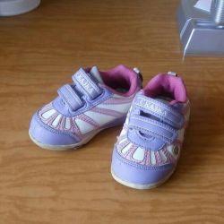 Παιδικά πάνινα παπούτσια