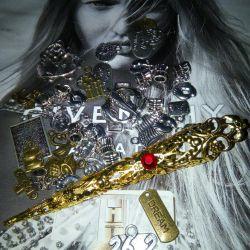 Φυλακτά, μενταγιόν, γοητείες, κοσμήματα