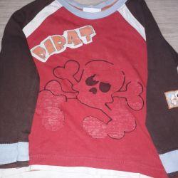 T-shirt sweater gift