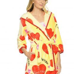 New beautiful bathrobe