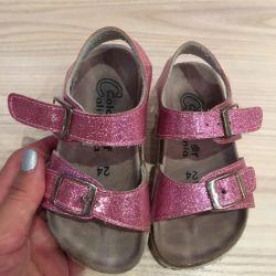 Children's shoes, sandals solution 24