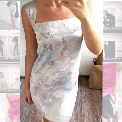 Επείγοντα! Φόρεμα - γκρίζο μεταξωτό μανίκι χωρίς μανίκια