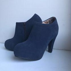 Bootillions blue-gray 34, new