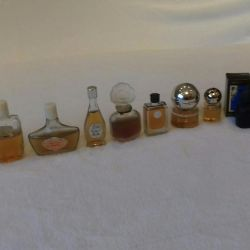 Retro perfume in one lot.