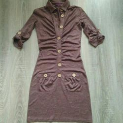 Φόρεμα μεγέθους 40-42