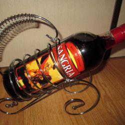 Металлическая стойка под бутылку вина новая