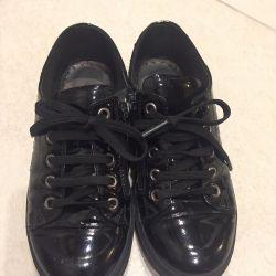 Παπούτσια δερμάτινο βερνίκι 33 μέγεθος
