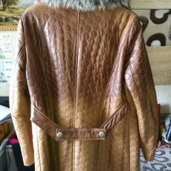 Coat from eco-leather r.4-50