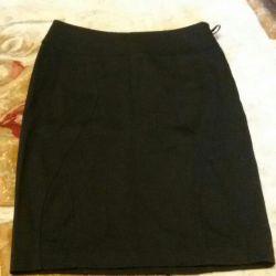 Tricot. Straight skirt new sarin 44