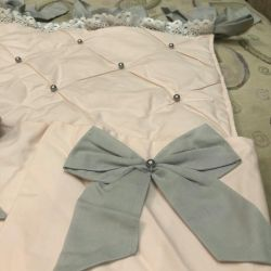 New pockets on the bed for Lyali