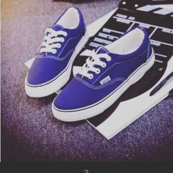 Legendary Vanza sneakers dark blue new
