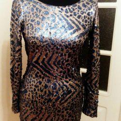 Красивое вечернее платье пайедки Англия