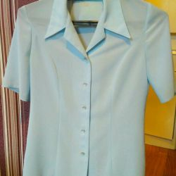 Blouse in excellent condition