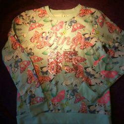 Bluza pentru o adolescentă