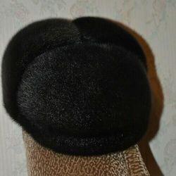Новая зимняя шапка-кепка из нерпы