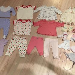 Baby clothes for a girl 0-3 months