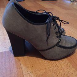Παπούτσια Bu