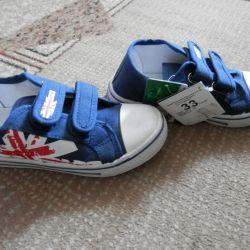 Yeni spor ayakkabı 33 rr