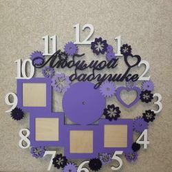 Часы из дерева. Слова, дизайн и цвет любые.