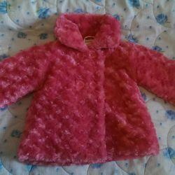 2 yaşına kadar kız için moda kürk ceket Sonbahar sonbahardır.