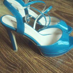 Yeni sandalet laklı