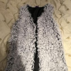 Waistcoat made of fur for girls
