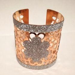 Accessory, decoration. Bracelet, metal