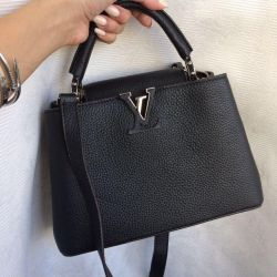 Πολυτελής τσάντα Louis Vuitton Cappucines