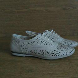 P38 shoes