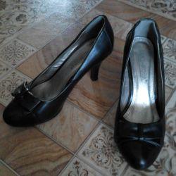 35r shoes