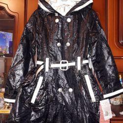 Raincoat (windbreaker) new on the girl on growth 134