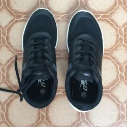 New Crane 38 Sneakers