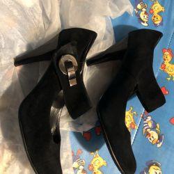Γυναικεία υποδήματα: παπούτσια, παπούτσια