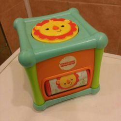 Cube fisher price developing