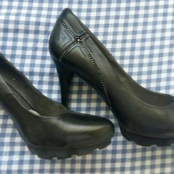 Shoes (leather)