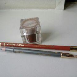 2 creioane și umbre sfărâmate