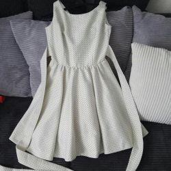 O rochie magnifică, retro, Audrey Hebern